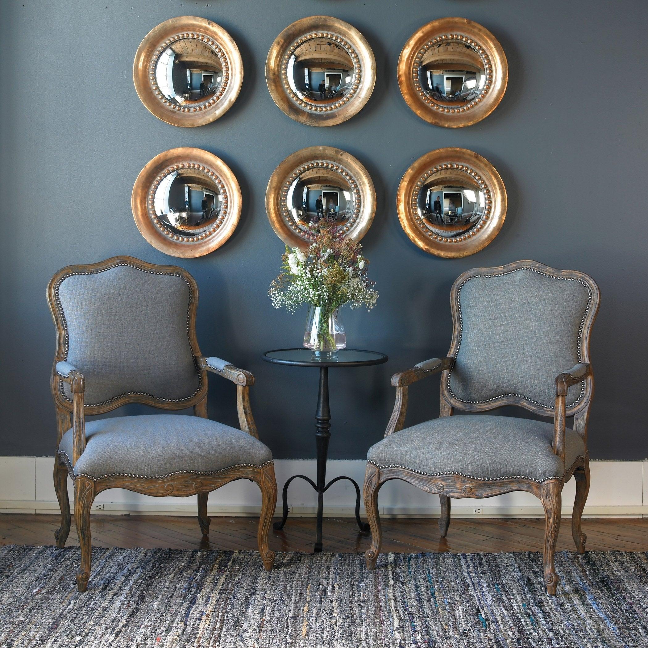 Ideas para decorar un recibidor moderno en tonos oro
