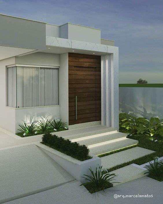 Casa pequeña moderna en color blanco y detalle en madera