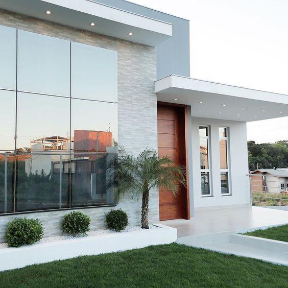 Casa con fachada moderna elegante