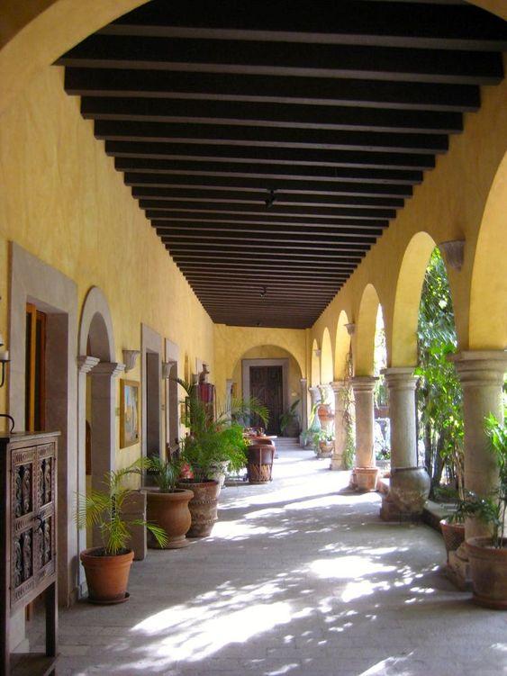 Ideas de casas tipo hacienda con arcos