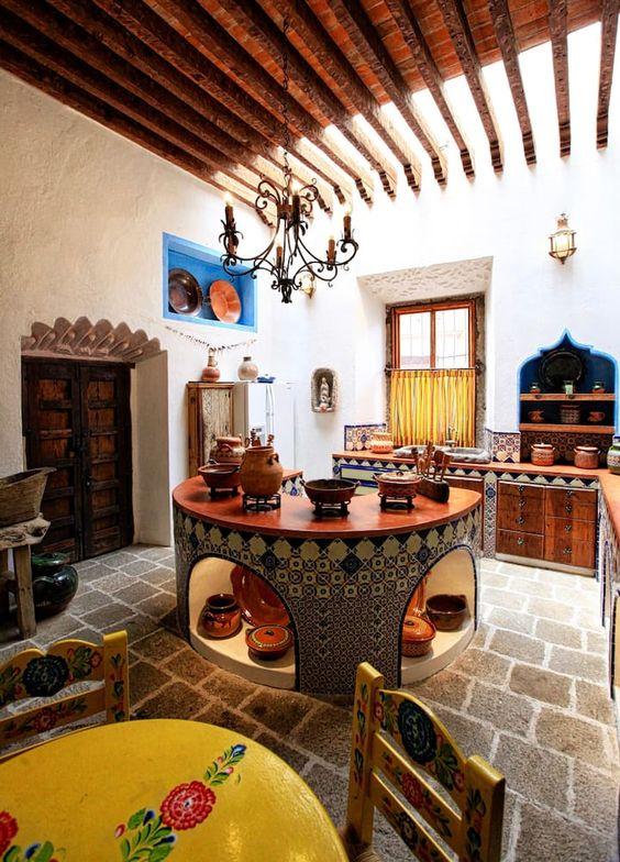 Interiores de casas tipo hacienda