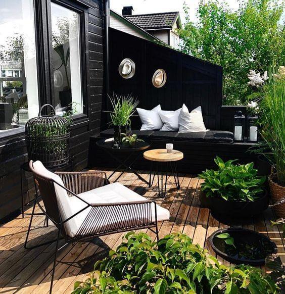Balcones pequeños decorados con plantas