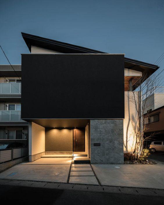 Patios interiores en casas sin ventanas
