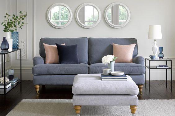 Los sofás son los protagonistas de la sala