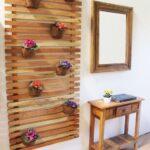 Entradas decoradas con un toque de madera