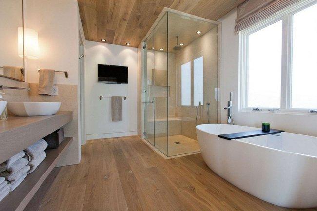Baños decorados con elementos de madera
