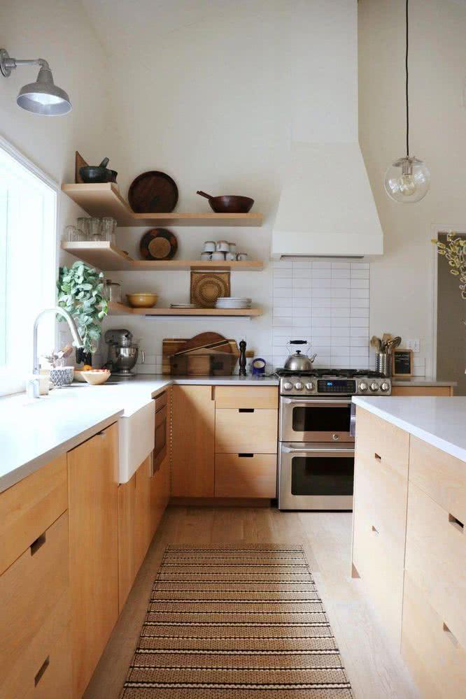 Elementos de madera para una cocina moderna
