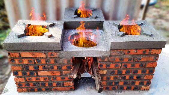 Estufas de leña antiguas de ladrillos