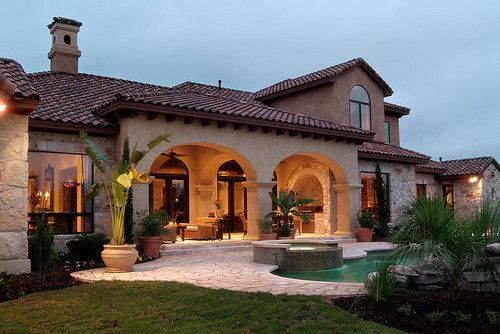 Fachadas de casas estilo colonial moderno