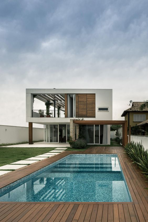 Diseños de casas con albercas techadas